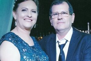 Oficial de Justiça Darley Chaves e sua esposa Lia