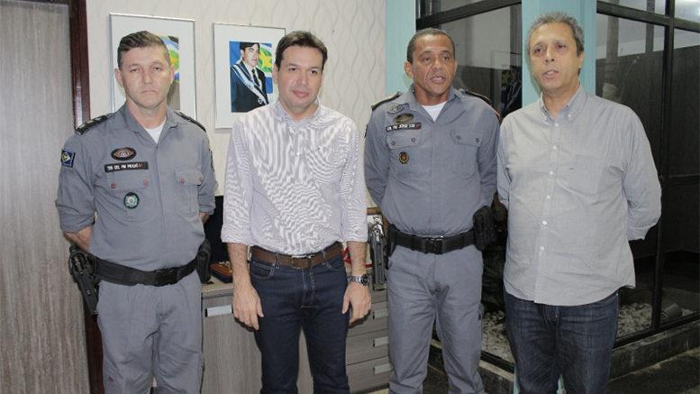 Comandante Geral da PM visita Beto Farias e anuncia instalação de Escola Militar na Barra