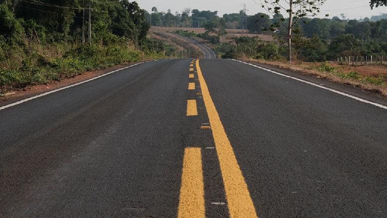 Governo inaugura 80 km de rodovias e dá ordem de serviço para construção de ponte de concreto