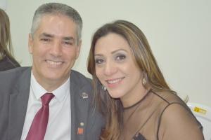 Professora Doutora, Gisele Silva Lira Rezende e seu esposo Marco Túlio Rezende