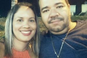 Thianny Alves Moreira e seu esposo Paulo Henrique Rodrigues de Oliveira