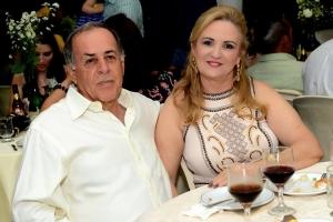 Empresários, Valdecir Luiz Ferrari e Sônia Ferrari