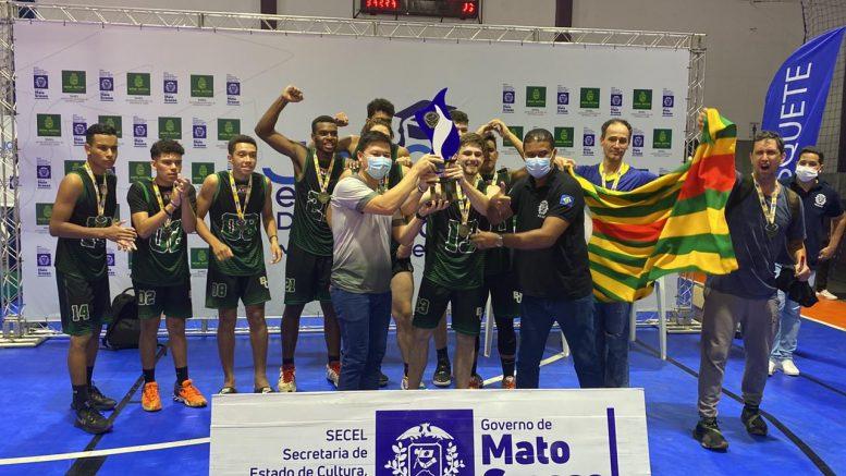 Seleção masculina de basquete de Barra do Garças se consagra tricampeã estadual