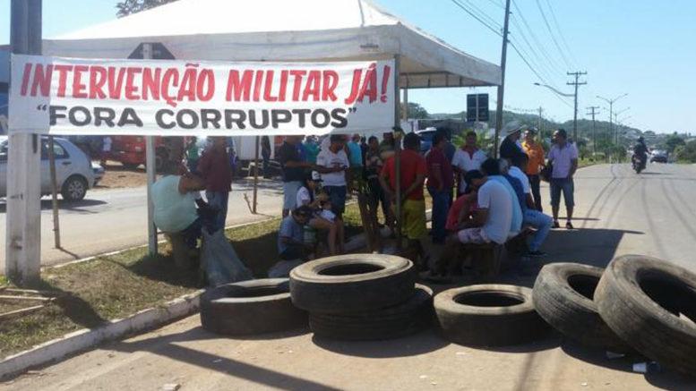 Greve dos caminhoneiros ganha força em Barra do Garças, mesmo após acordo com governo